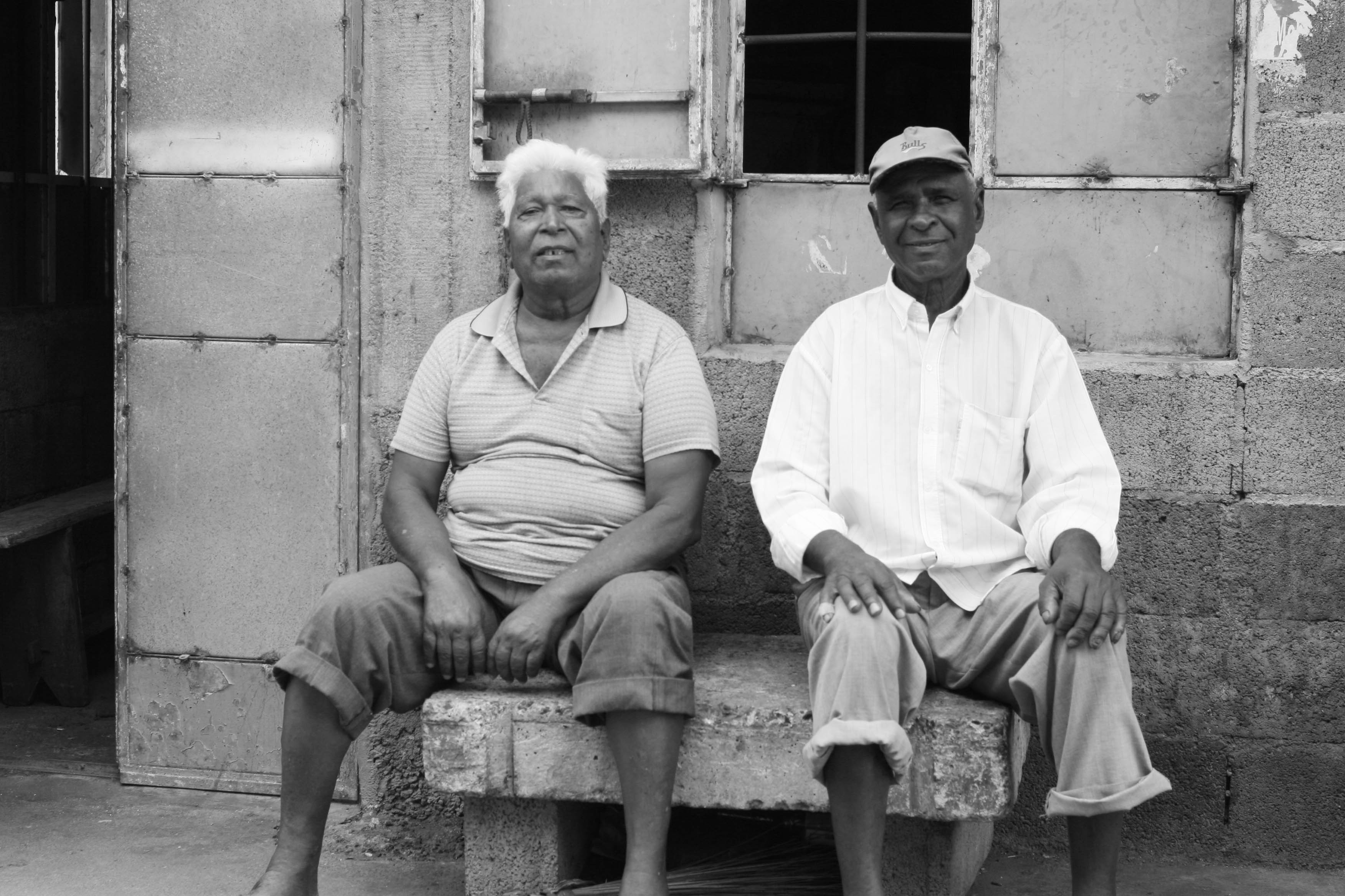 "creole hindu single men I chose to present the creole issue in mauritius in the same the former free men of color were mauritians"" disappears in favor of that of ""hindu."