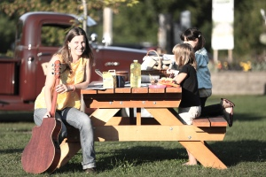 2014 Aug 08 - Killaloe music in the park24