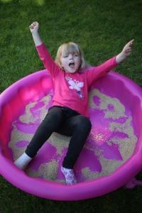 2014 Aug 23 - McKay, Josie & the dry pool25