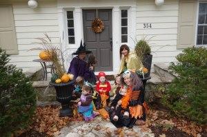 2014 Oct 30 - Miss Adie's Hallowe'en Parade7lowres