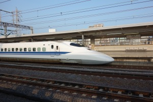 June 09 - bullet train04