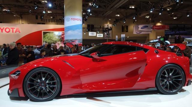 2015 Feb 16 - Toronto Car Show40